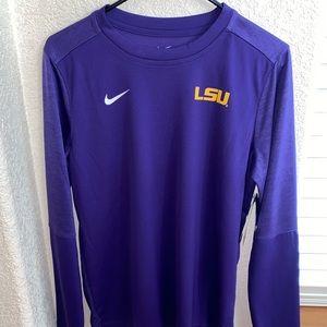 Women's LSU long sleeve top. NWT. Size Medium💜